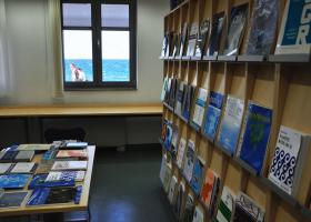 Na Morski biološki postaji Piran je dislocirana enota naše knjižnice. (foto: V. Bernetič)
