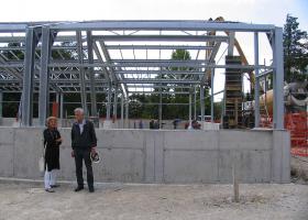 Direktorica NIB, prof. dr. Tamara Lah Turnšek in gradbeni nadzornik, Janez Sitar, univ.dipl.inž.grad.